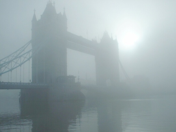 foggylondon_towerbridge_23dec2007_6